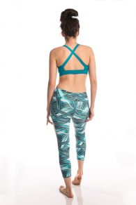 Anahata Yoga Clothing Yoga Pants perfect to stretch, relax, or simply wear all day. Mid rise 7/8 length yoga pants are made to accommodate all types of movement. Yoga Bra Top Twist Front